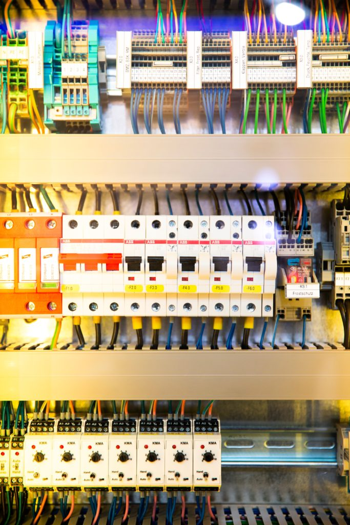 Boletines de Instalaciones Eléctricas
