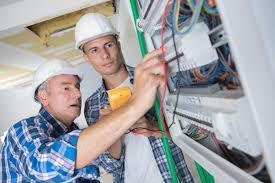 reforma eléctrica de su comunidad de vecinos con excelentes resultados